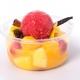 Soupe de fruits frais, sorbet cassis